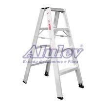Escada De Alumínio de Abrir 1,20m com 4 Degraus AP104 Alulev
